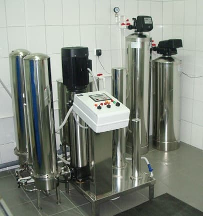 Установка получения воды для инъекций УВИ-0.15