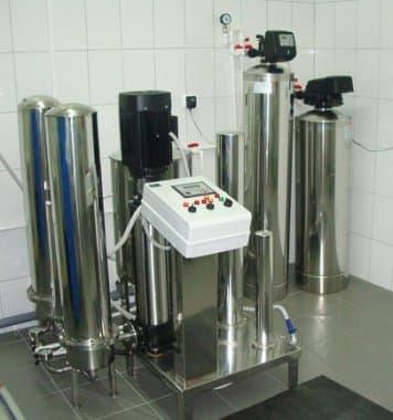 Установки УВИ-0,15 получения воды для инъекций и воды очищенной по ФС